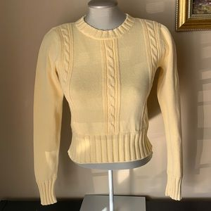Tommy Hilfiger Cropped Sweater size S